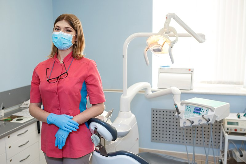 dentist ready to perform scaling and root planing